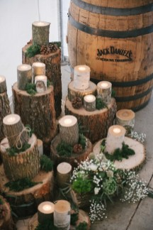 wood-candles-wedding-decor