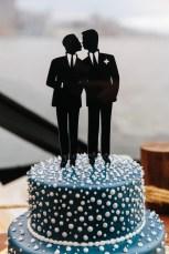 nautical-wedding-cake-miki-vargas-photography