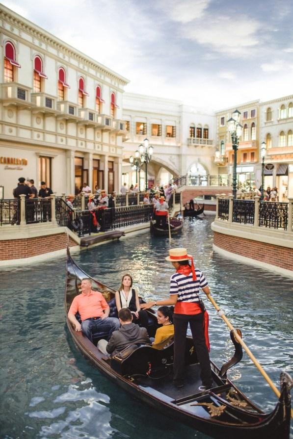 gondola-ride-the-venetian-las-vegas