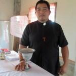 Sabong Bao Fr Alvin & chalice & paten gift