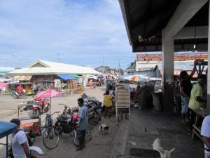 Guiuan market (1)