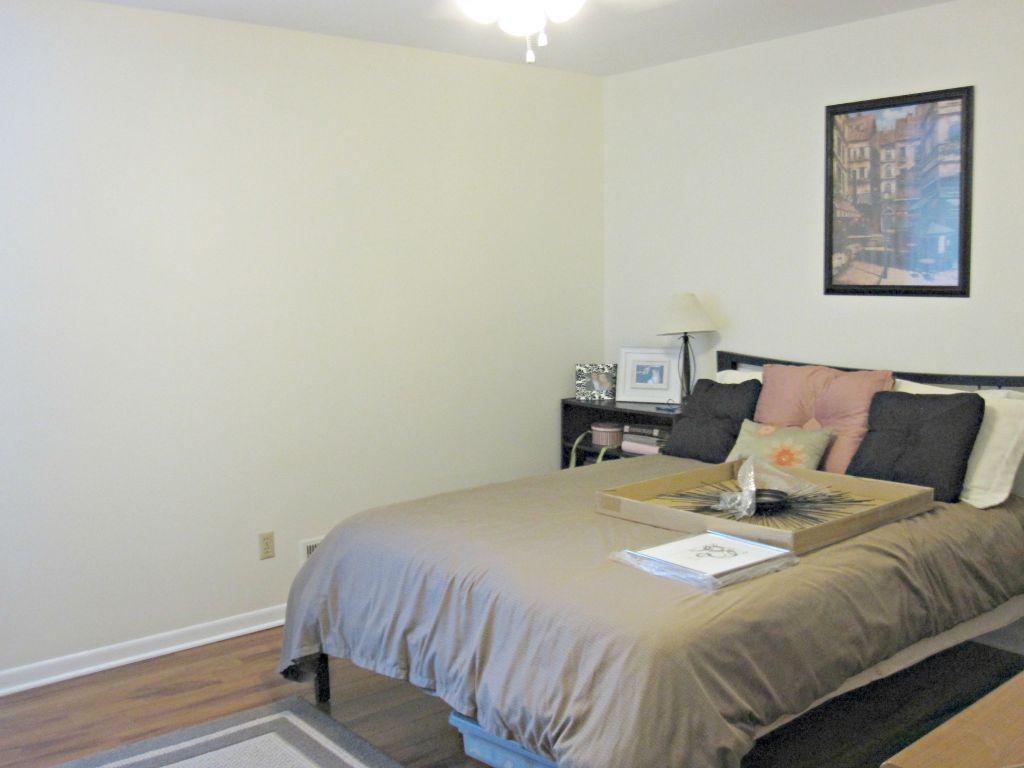 OneRoomChallenge: Guest Bedroom Makeover