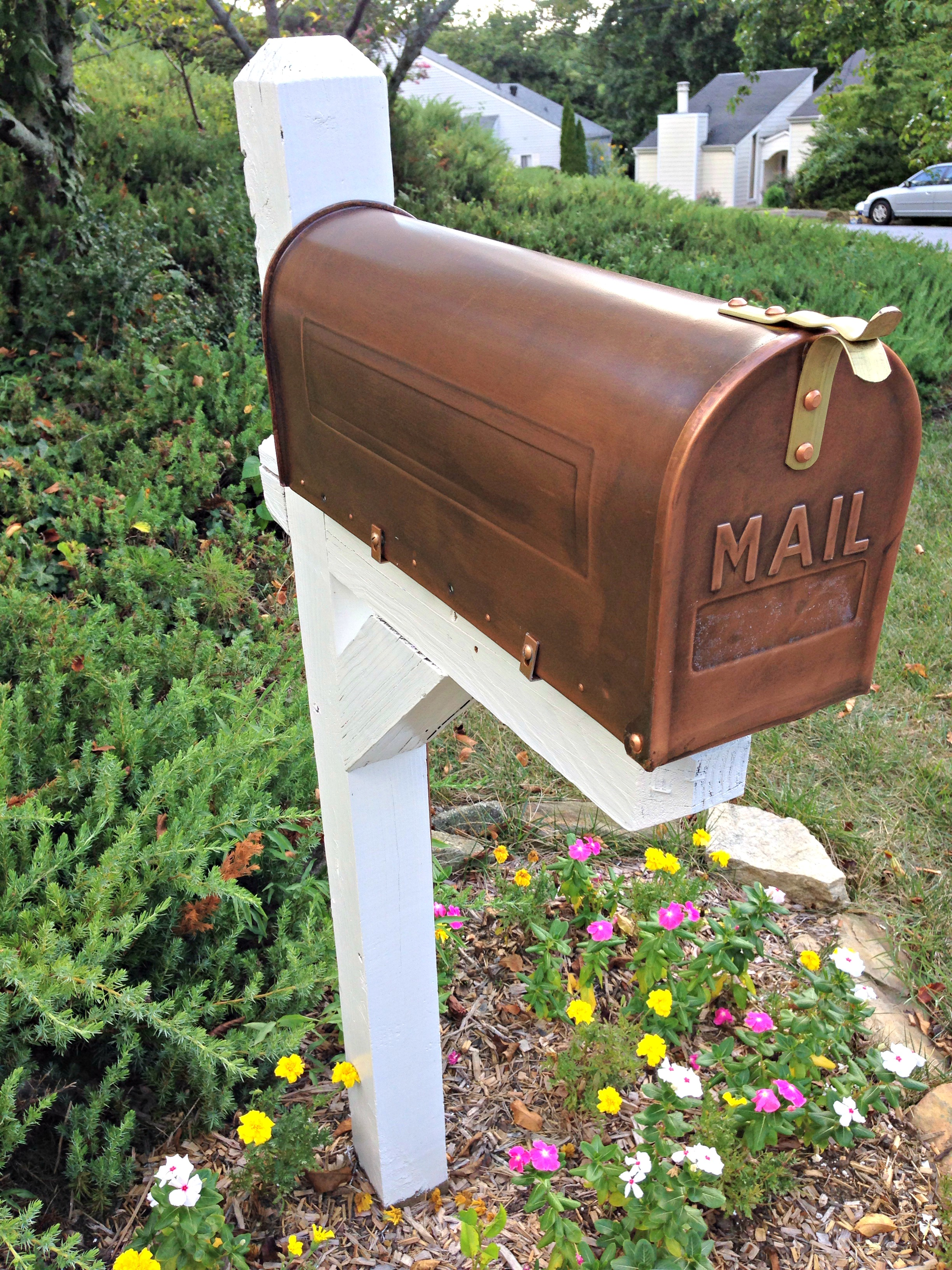 Before And After Mailbox Makeover