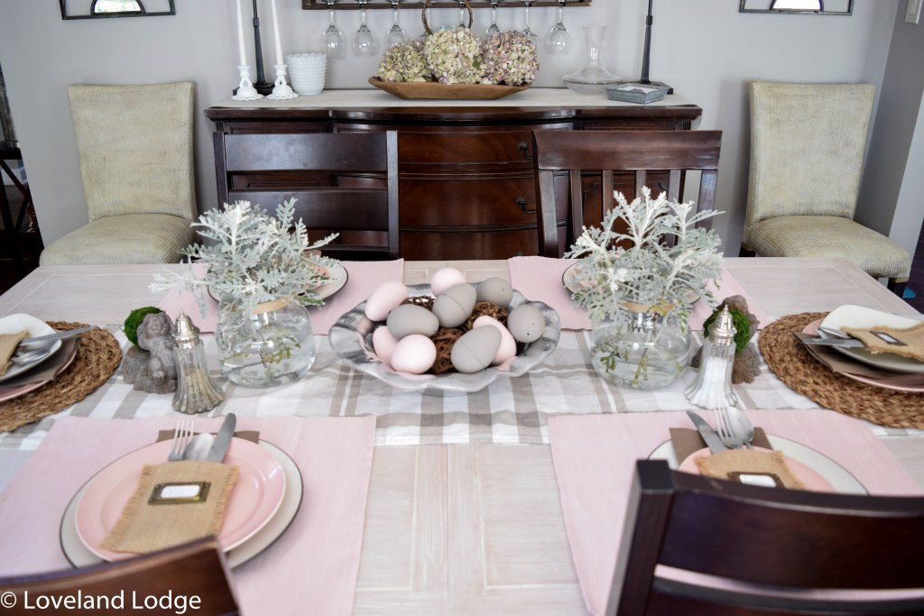 Tips for creating a casual tablescape