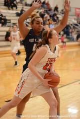 Loveland-Tiger-Womens-Basketball---33-of-48