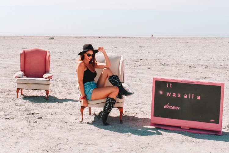 Bombay Beach Dream Chair