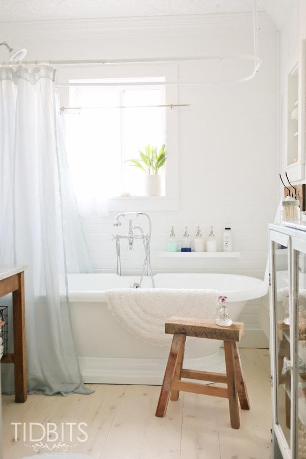 Cottage-Bathroom-Reveal-2
