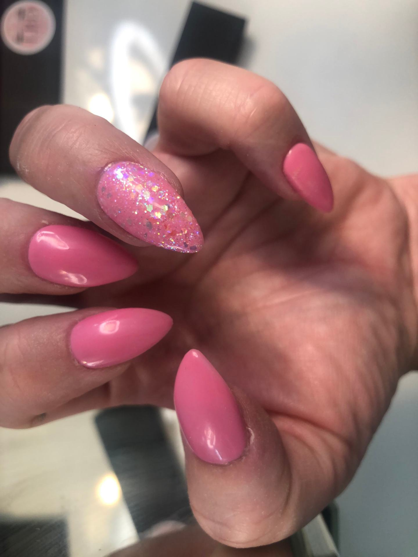 Press on Nails With Glue - Review