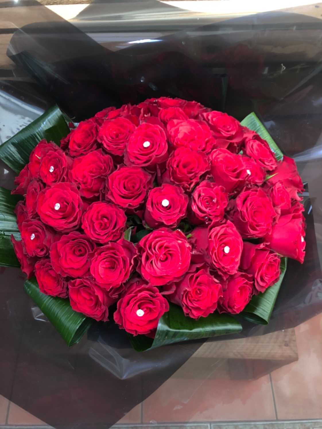 Valentines Day Gift Ideas for Lockdown red roses