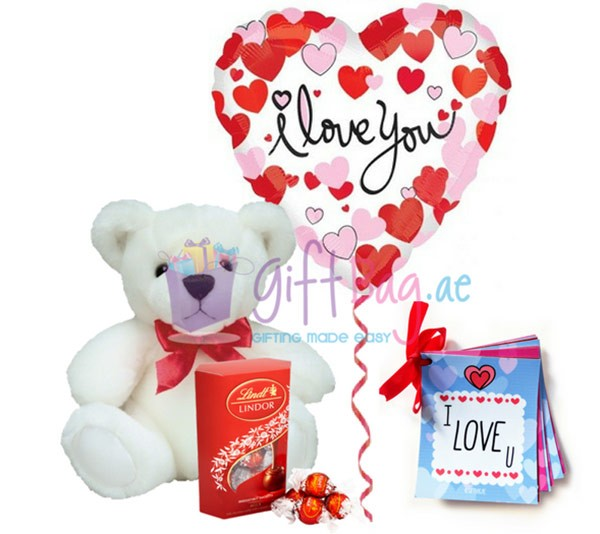 Lovely flowers and gifts for valentines day