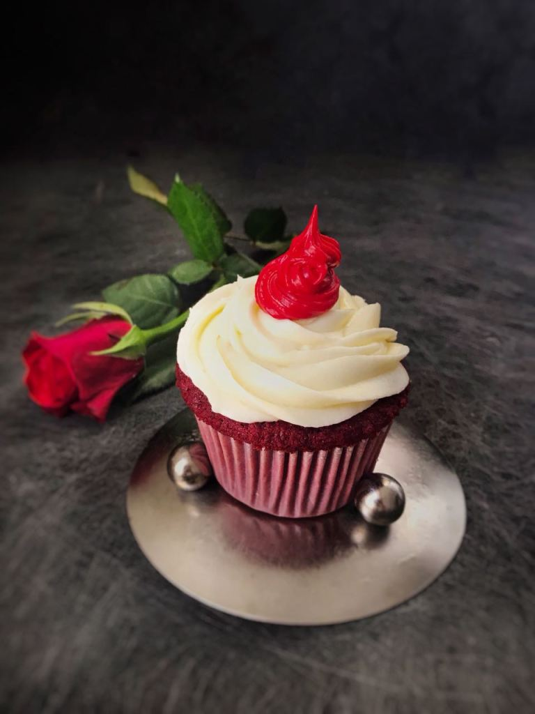 Order a cake or cupcake from Ralph Chef with exclusive Lovelifelittle1 discount