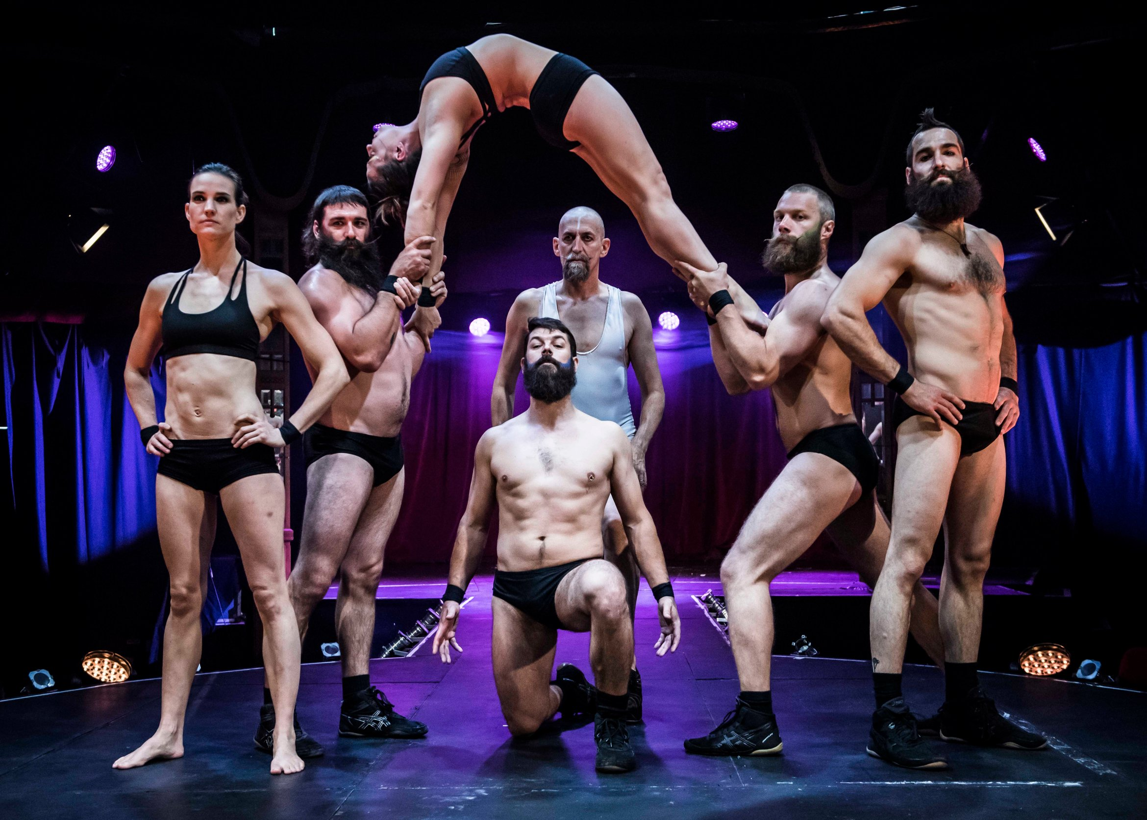 Cirque Alfonse in BARBU at the Spiegeltent Credit David Jensen 2.jpg.jpg