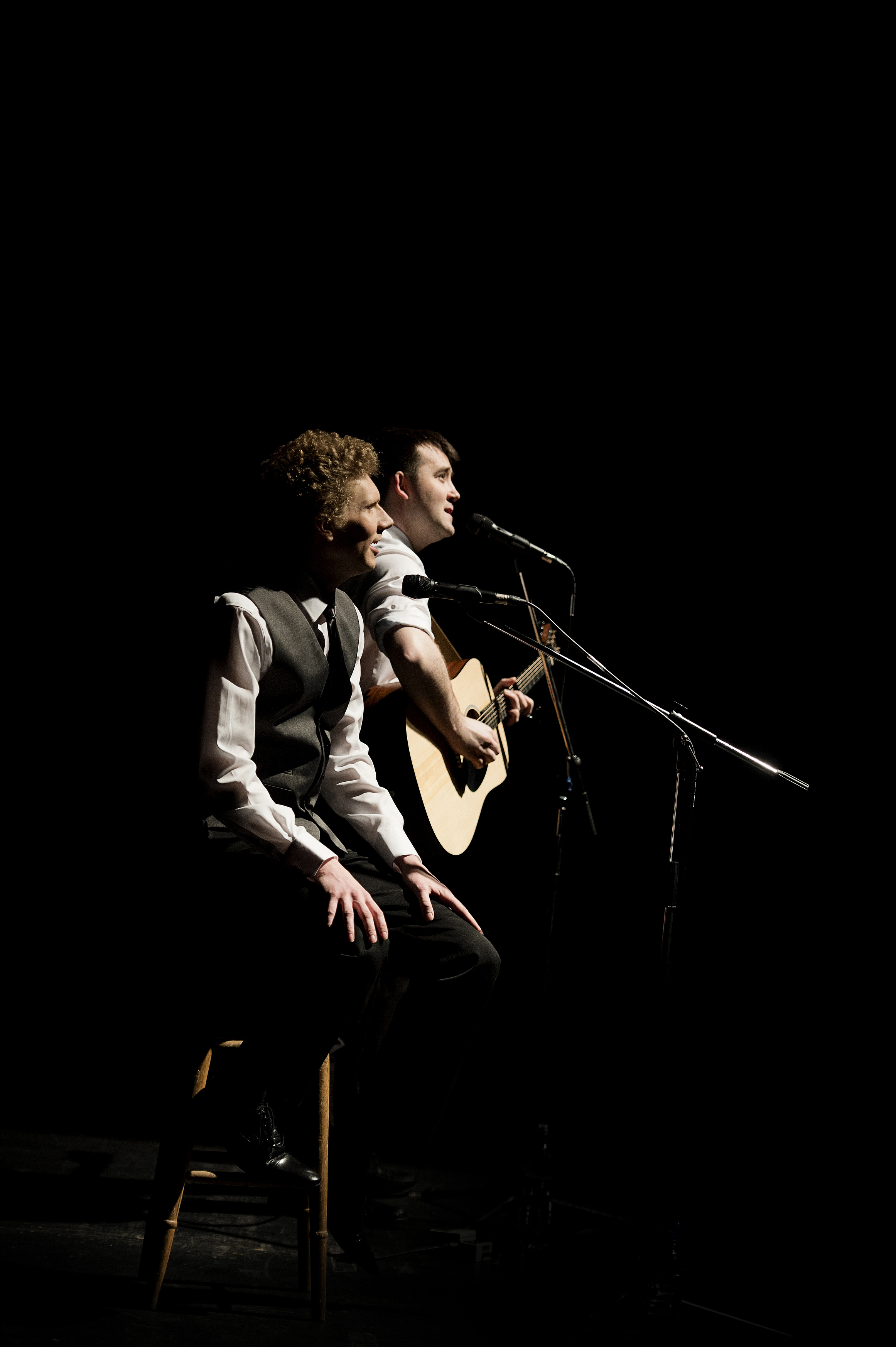 Charles Blyth & Sam O'Hanlon (l-r) in The Simon & Garfunkel Story. Photo by Jacqui Wilson 0051.jpg