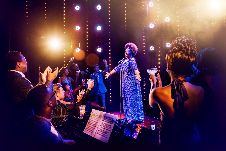 Moya-Angela-in-Dreamgirls-at-the-Savoy-Theatre.-Credit-Dewynters.jpg