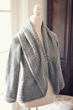 Ladies Shrug Cardigan by monpetitviolon
