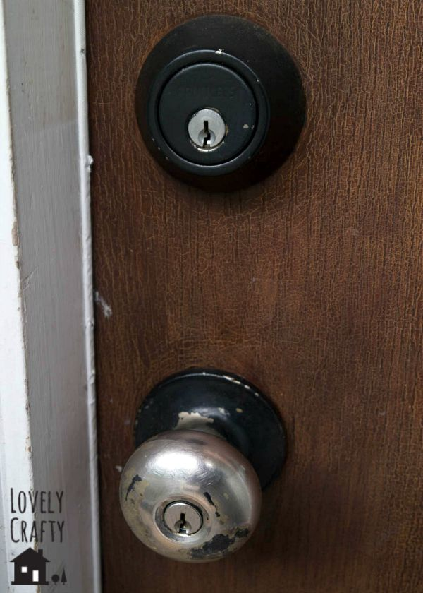 Doorknob before