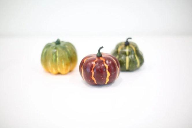 Make A Mini Pumpkin Wreath For Fall