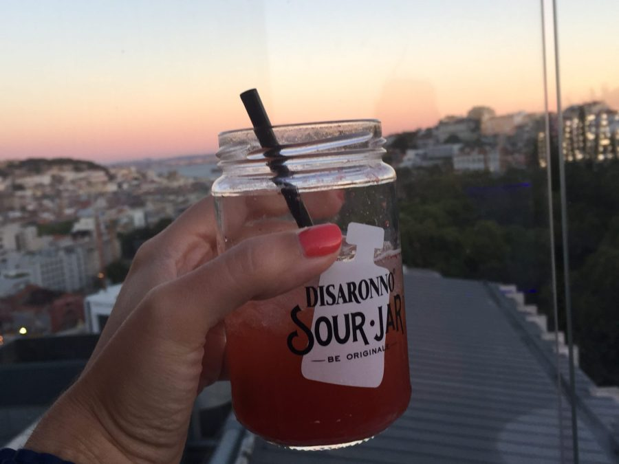 licor disaronno sour jar