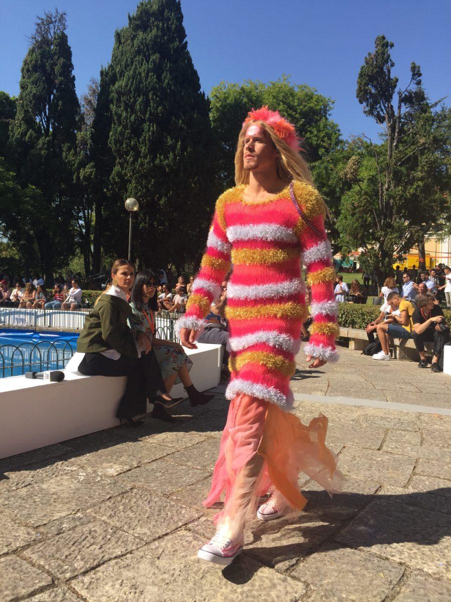 Morecco brindou-nos com um espetáculo de cor, movimento e muitas purpurinas.