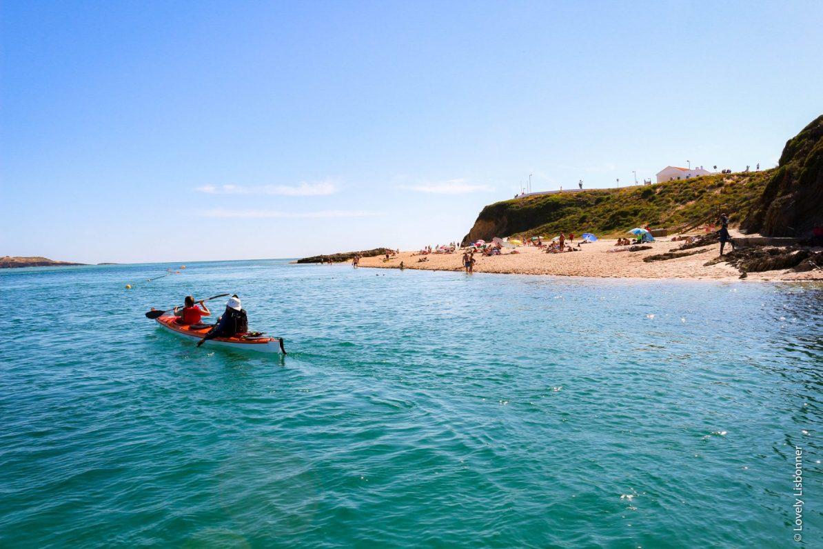 passeio de barco na foz do rio mira alentejo portugal vila nova de mil fontes
