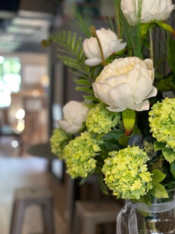 Fresh flowers at Bradmans Wine Cellar Matlock