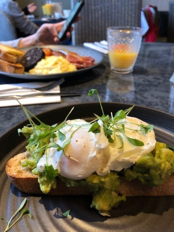 bottomless brunch Derby - smashed avocado on toast at The Dragon in Willington