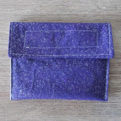 Pochette violette à paillettes