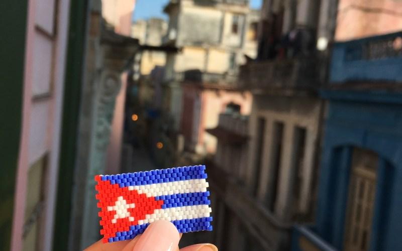 Drapeau cubain en perles miyuki