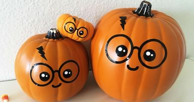 Free SVG file to easily DIY this cute Harry Potter Pumpkin for Halloween: No carve pumpkin, no paint, no mess! Use vinyl adhesive paper to create cute pumpkin decals #halloween #harrypotter #kawaii #home #homedecor #pumpkin #nocarvepumpkin #DIY #SVG #cutfile #vinyl #decal #lovelyplanner
