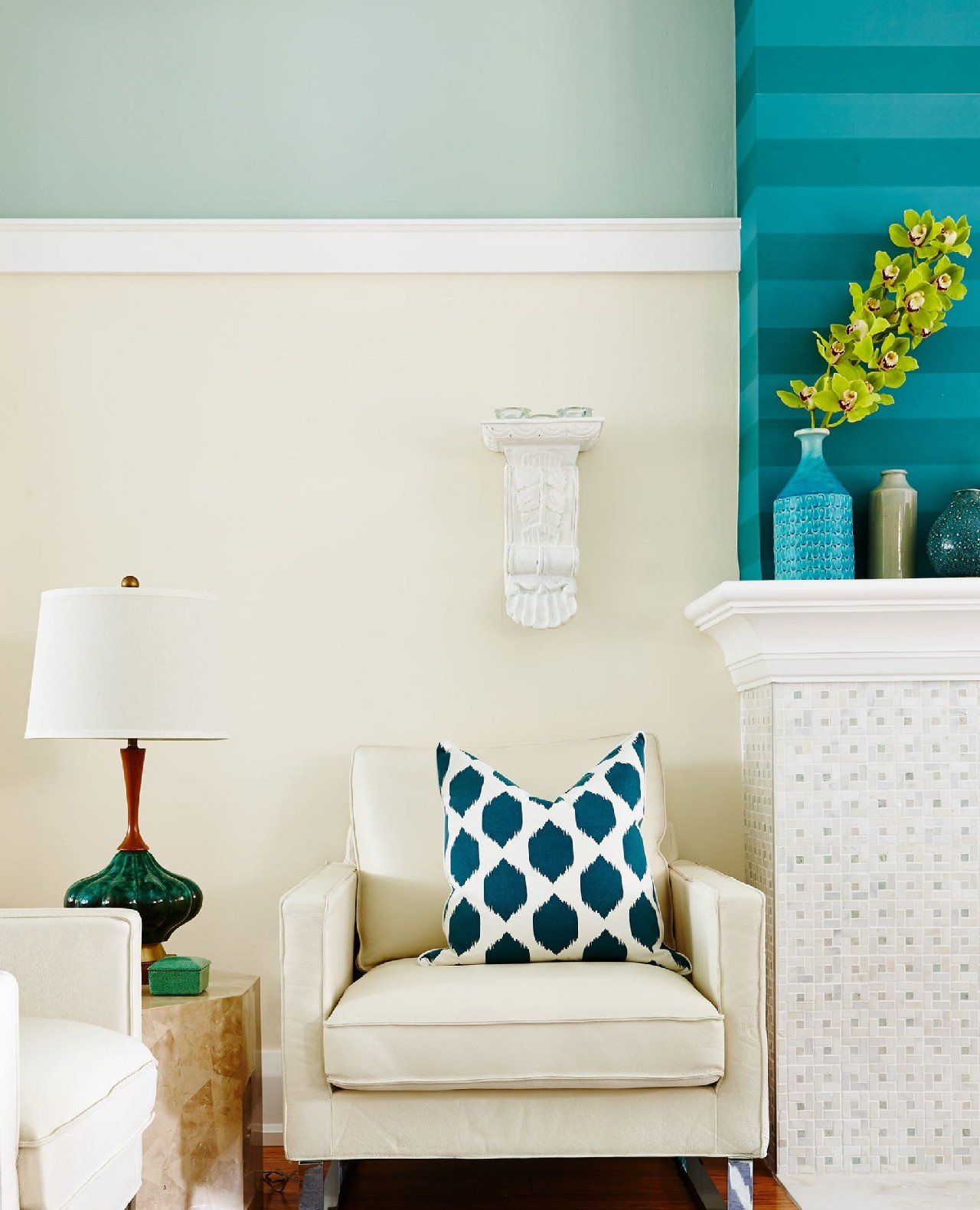 Wainscoting Chair Rail Only Living Room Design Resized (1)