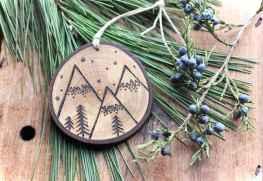 0015 Rustic DIY Wooden Christmas Ornaments Ideas