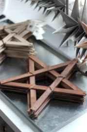 0016 Rustic DIY Wooden Christmas Ornaments Ideas