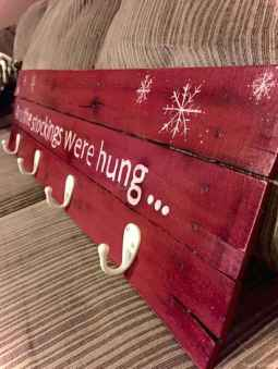 0019 Awesome DIY Wooden Christmas Craft Ideas