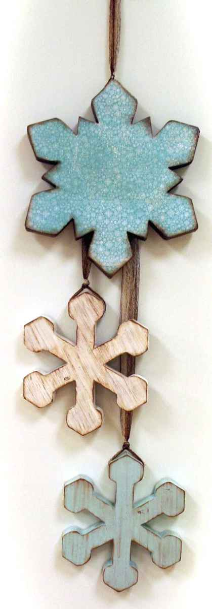 0042 Awesome DIY Wooden Christmas Craft Ideas