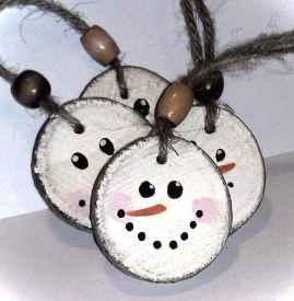 0049 Rustic DIY Wooden Christmas Ornaments Ideas