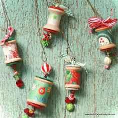 0054 Rustic DIY Wooden Christmas Ornaments Ideas