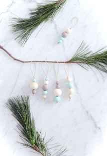 0066 Rustic DIY Wooden Christmas Ornaments Ideas