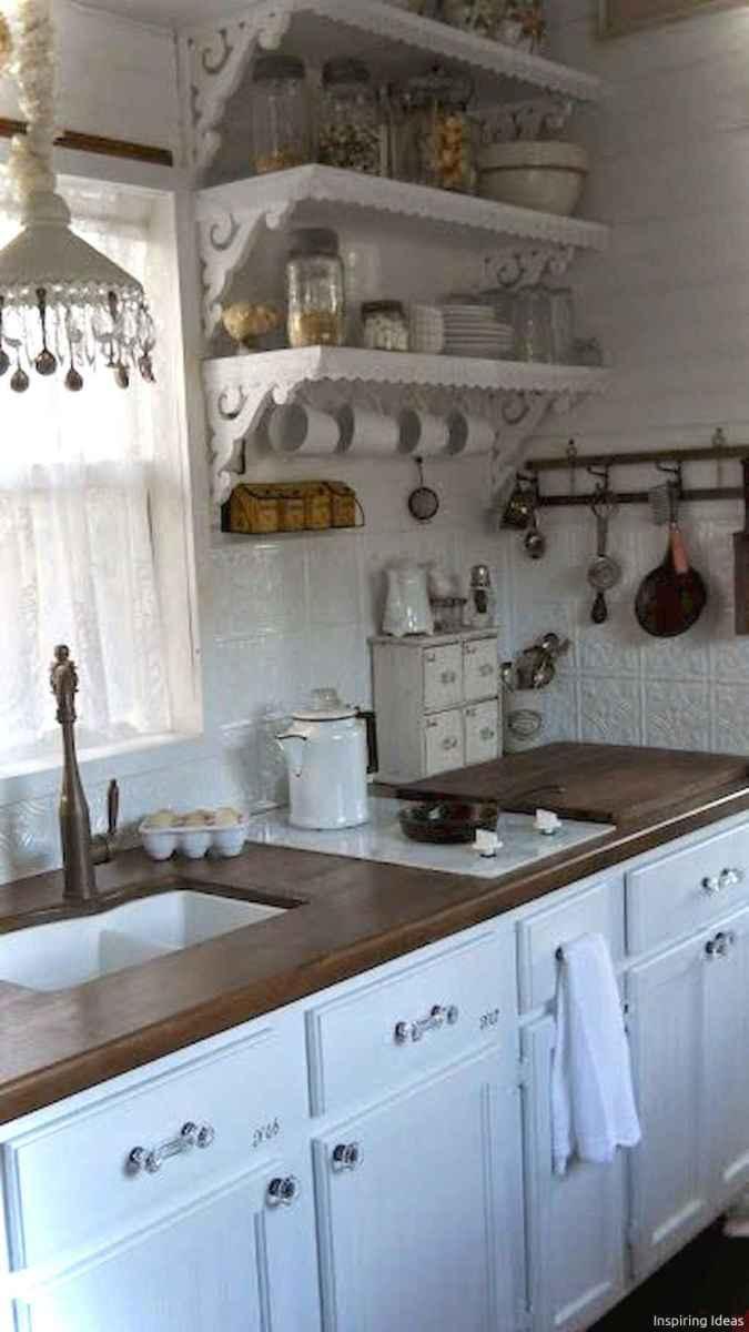 46 Small Cabin Cottage Kitchen Ideas06