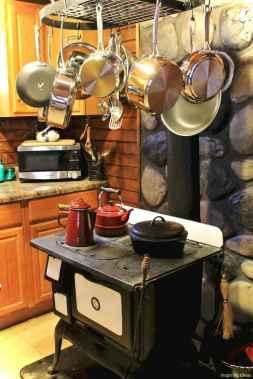 46 Small Cabin Cottage Kitchen Ideas27