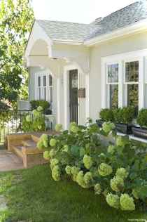 Awesome Cottage House Exterior Ideas Ranch Style 15