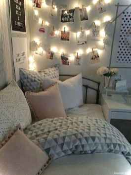 Cute Craft Ideas for Teen Girl Bedroom18
