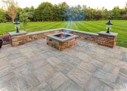 Paver Walkways Ideas for Backyard Patio 48