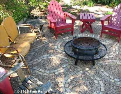 110 Fabulous Gravel Patio Ideas with Fire Pits 09