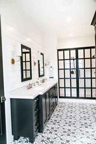 77 Fabulous Modern Farmhouse Bathroom Tile Ideas 12
