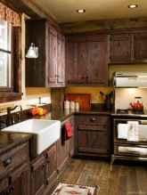 Amazing Farmhouse Kitchen Cabinets Ideas 27