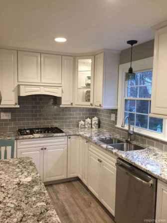 Amazing Farmhouse Kitchen Cabinets Ideas 66