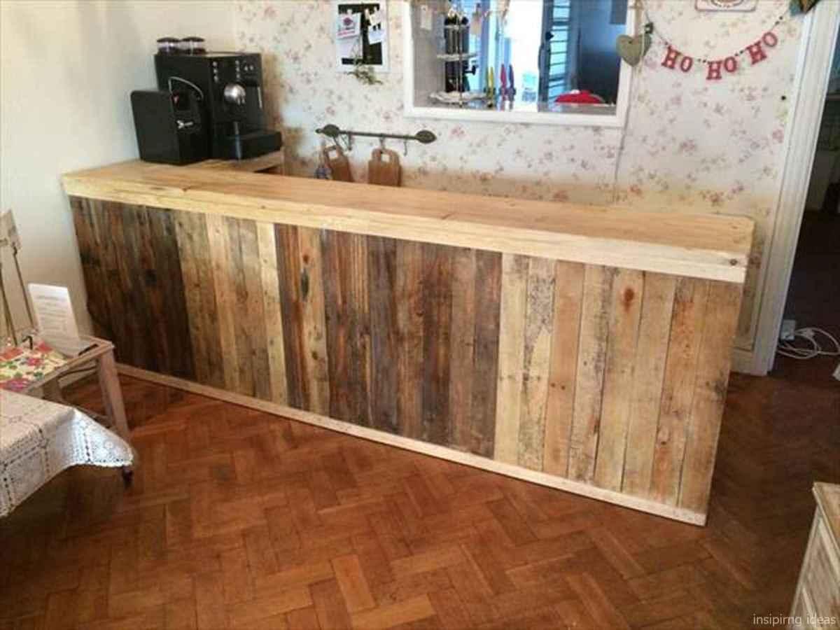 11 Nice DIY Pallet Bar Design Ideas