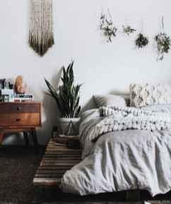 Minimalist Apartment Bedroom Decorating Ideas 07