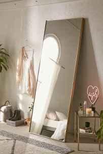 Minimalist Apartment Bedroom Decorating Ideas 69