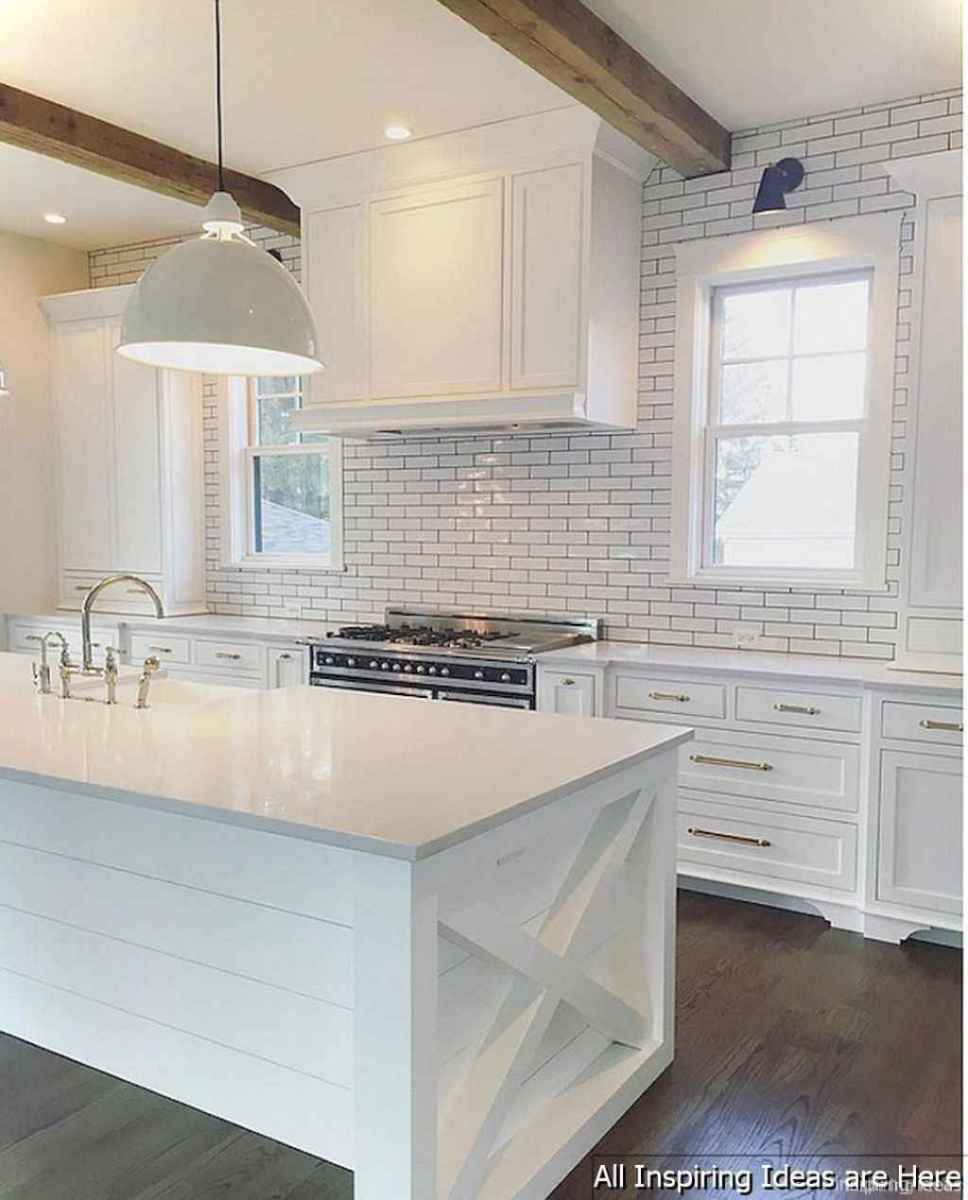 Modern Farmhouse Kitchen Backsplash Design Ideas 42